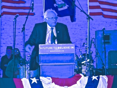 Critique of American Media Coverage of 2016 Presidential Primaries | bernie sanders campaigning in nyc 2016 spring bernie sanders campaign for president 2016 american media coverage of bernie sanders campaign nyc nye