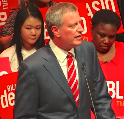 mayor bill de blasio photo nyc mayoral debates 2017 nyc debates malliotakis de blasio bo dietl 2017