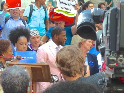 cynthia nixon photos jumaane williams photos